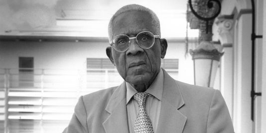 discourse on colonialism Discourse on colonialism aime cesaire translated by joan pinkham a poetics of anticolonialism by robin d g kelley monthly review press new york.