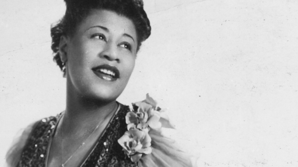 Ella Fitzgerald With Frank De Vol And His Orchestra Ella Wishes You A Swinging Christmas