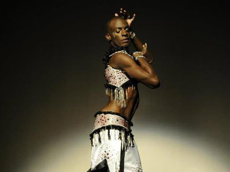 Rachid Alexander, male belly dancer, performing