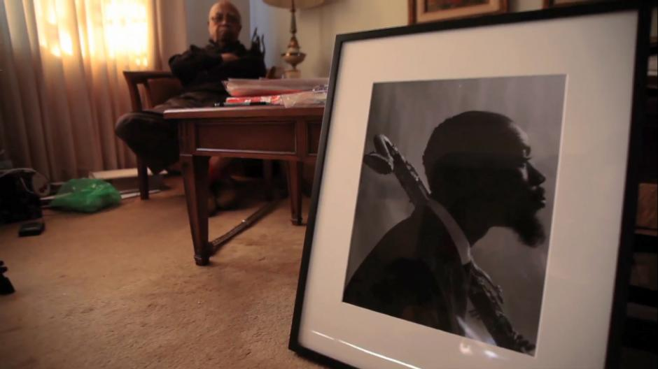 02_27_ChuckStewart_02Stewart's 1964 portrait of musician Eric Dolphy holding a bass clarinet rests against a coffee table in his home in Teaneck, New Jersey on Jan. 31, 2015.  JARED T. MILLER FOR NEWSWEEK