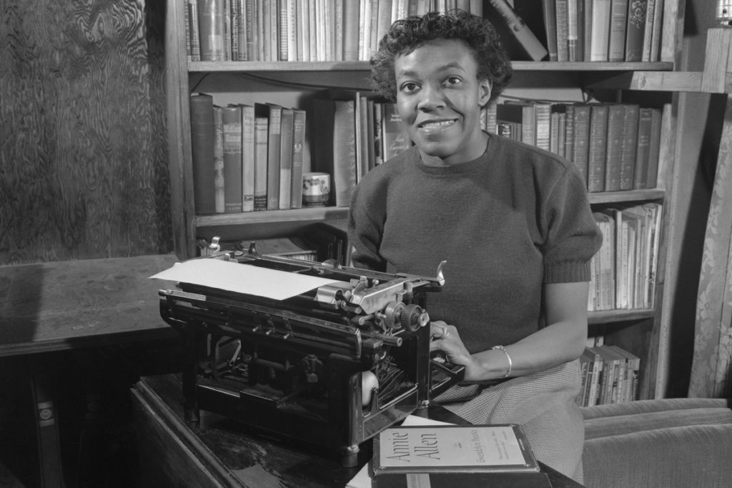 the influences in the life of gwendolyn brooks Gwendolyn brooks biography - born on june 7, 1917 the influence of these experiences is highlighted in brooks' works such as the poems of her first collection based on the life and experiences of a young black girl.